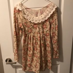 Dresses & Skirts - Floral pattern tunic